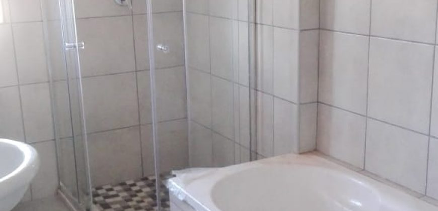 R 9 000 || 3 Bedroom House To Rent In Sophiatown