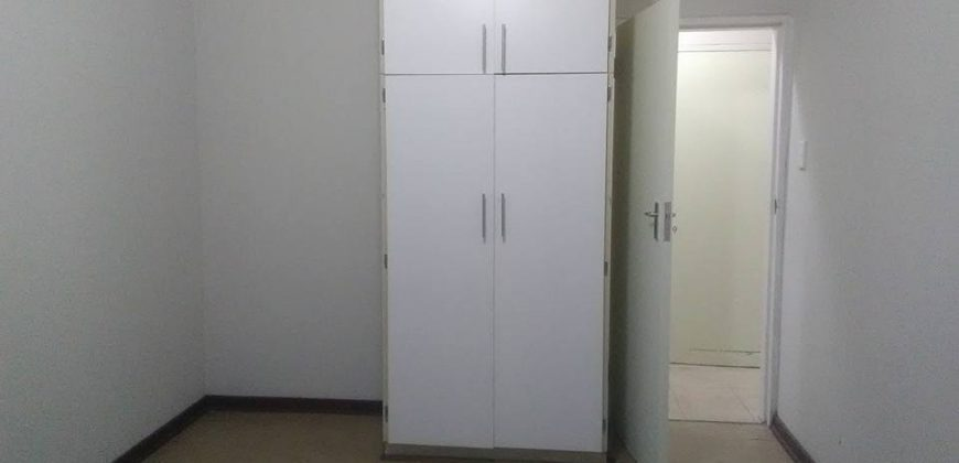 Flat to rent in CW5