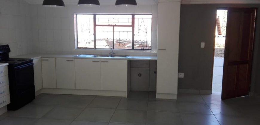 R 9 000    3 Bedroom House To Rent In Sophiatown